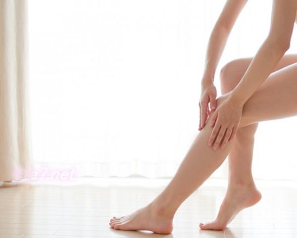 股関節を柔らかくするストレッチ「四股踏みで腰をゆする」と脚やせに