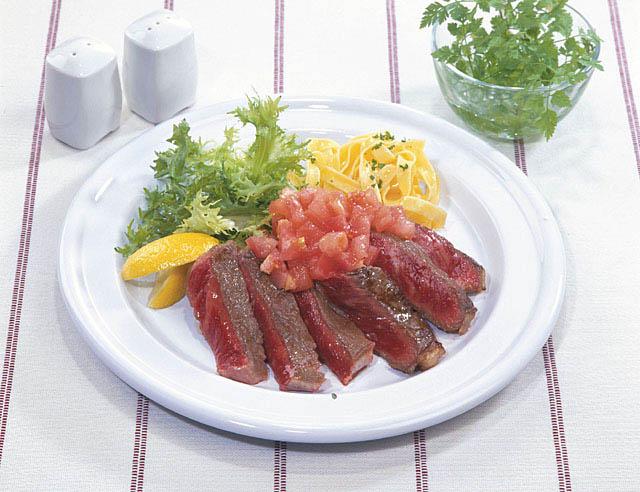 赤身肉のサラダ
