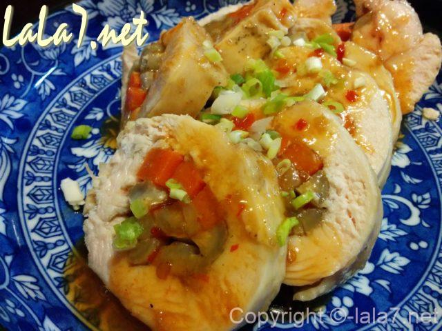 鶏むね肉の野菜ロール お皿に盛ってあるところ