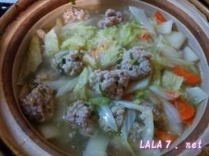 しっとり肉団子スープ鍋