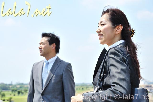 スーツを着たビジネスマン 男性と女性