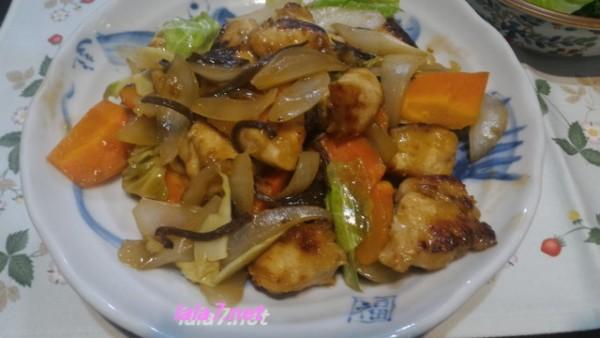 肉料理で糖質制限・夕食は鶏むね肉をメインに一皿糖質4.1グラム