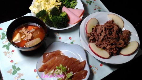 魚料理で糖質制限・お刺身と牛小間をメインにした四品料理
