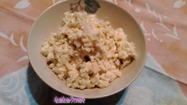 糖質制限ダイエットの強い味方の豆腐ご飯お茶碗にもったところ