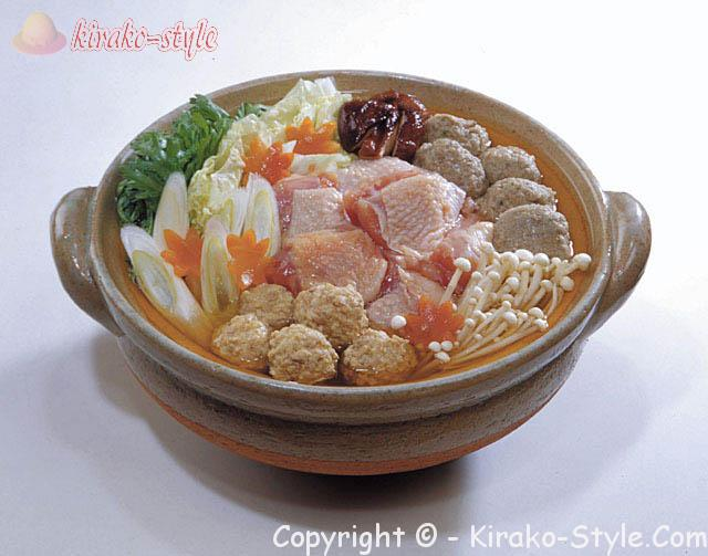萬古焼の土鍋、冷めにくい利点を生かして冬の鍋物に