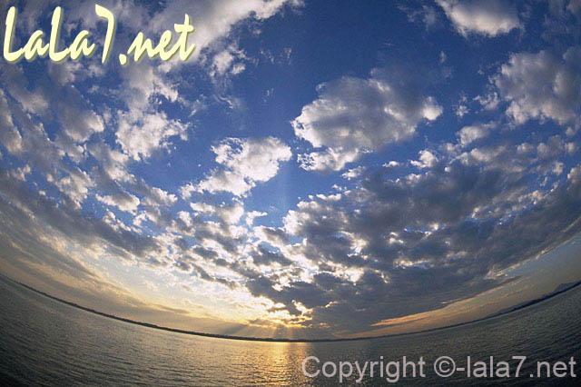 空と雲 自然のイメージ