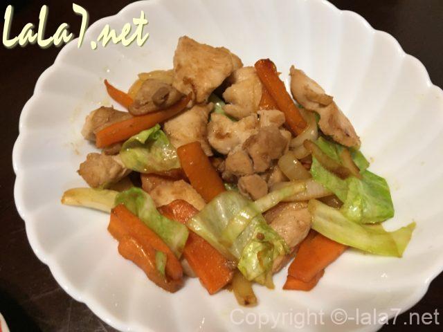 我が家で作った「鶏(けい)ちゃん」料理、タレ野菜アレンジ