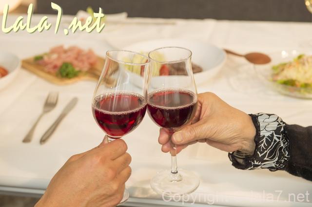 赤ワイン ボージョレ・ヌーヴォー 乾杯